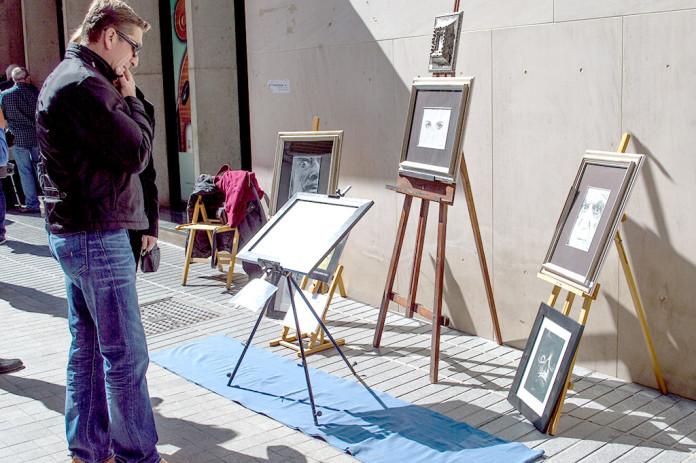 Muestra de Artes Plásticas al Aire Libre