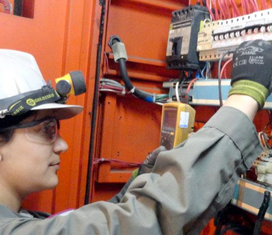 Montaje y Mantenimiento de equipos Electrónicos