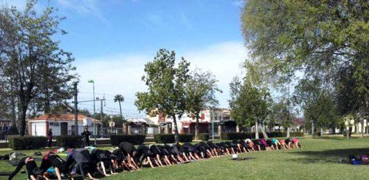 macro-clase de yoga